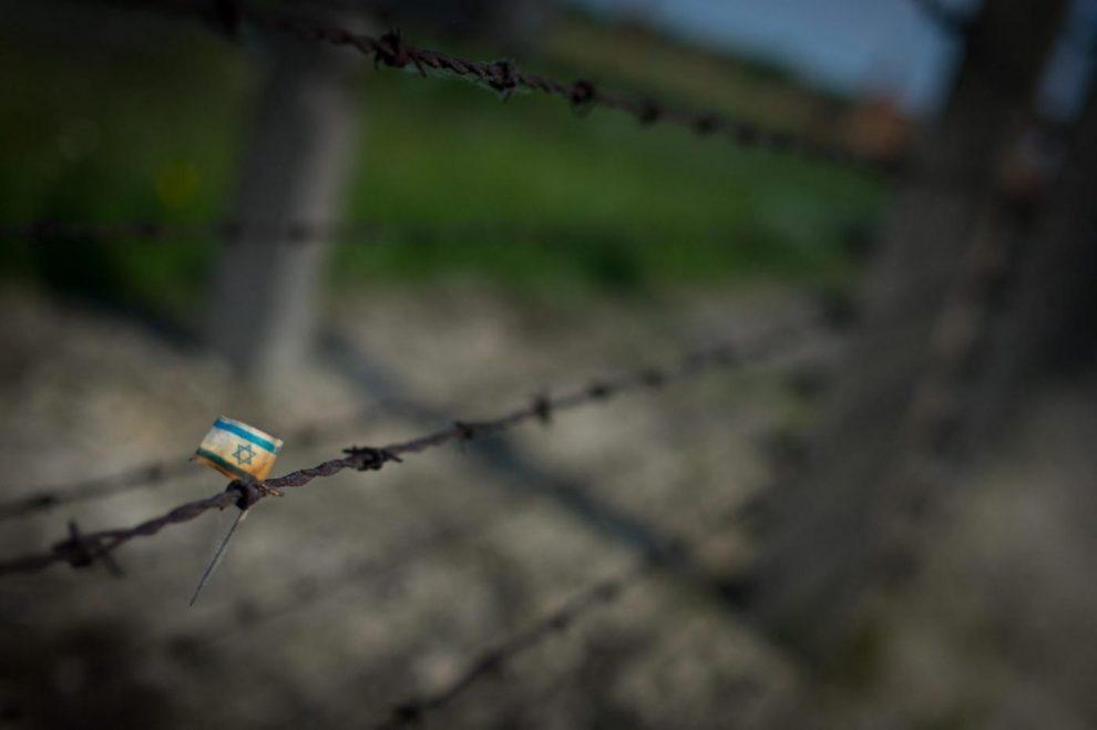 © SIMON DAVAL / MAXPPP – Auschwitz (Pologne), photo d'archives, 2012 – 70 eme anniversaire de la Liberation du Camp d'Auschwitz-Birkenau. / Concentration and extermination camp  Auschwitz  ahead of the upcoming 70th anniversary of the liberation of the camp in Oswiecim, Poland, 2012.