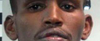 """""""Un sadico che si divertiva a torturare e uccidere profughi in Libia"""", pm Milano chiede ergastolo per 22enne somalo"""