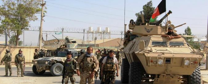 """Afghanistan, ispettore Usa lancia allarme: """"Talebani conquistano territorio e comprano armi da esercito di Kabul"""""""