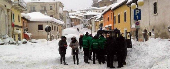 """Terremoto Centro Italia, le testimonianze: """"Troppa neve, non riusciamo neanche a scappare. Abbiamo paura"""""""