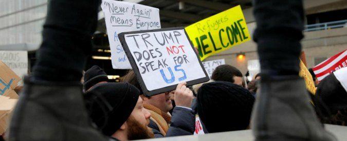 Sit-in contro Donald Trump, non lasciamo soli i cittadini Usa