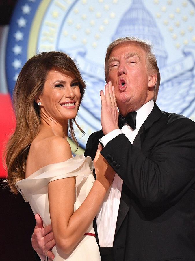 Donald Trump, dalla tronfia Melania all'imbronciato Barron. Tutti i volti (vincitori e sconfitti) della nuova era