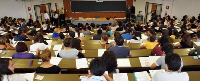 Università, il lunedì nero degli atenei: più di 5mila docenti proclamano lo sciopero degli esami in tutta Italia