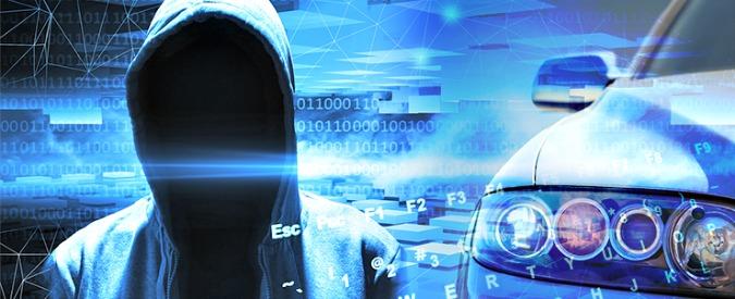 Cybercrimine, sotto attacco le auto connesse. Per ora furti via web, ma cosa succederà con la guida autonoma?