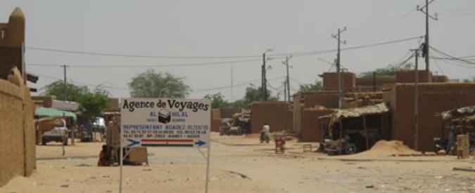 Migranti, la storia e i sogni dell'elettricista – orafo del Sahel