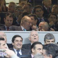 Spain's King Juan Carlos I attends the UEFA Champions League round of 16 match between Real Madrid and Napoli at Santiago Bernabeu stadium in Madrid, Spain, 15 February 2017. EFE/JuanJo Martin