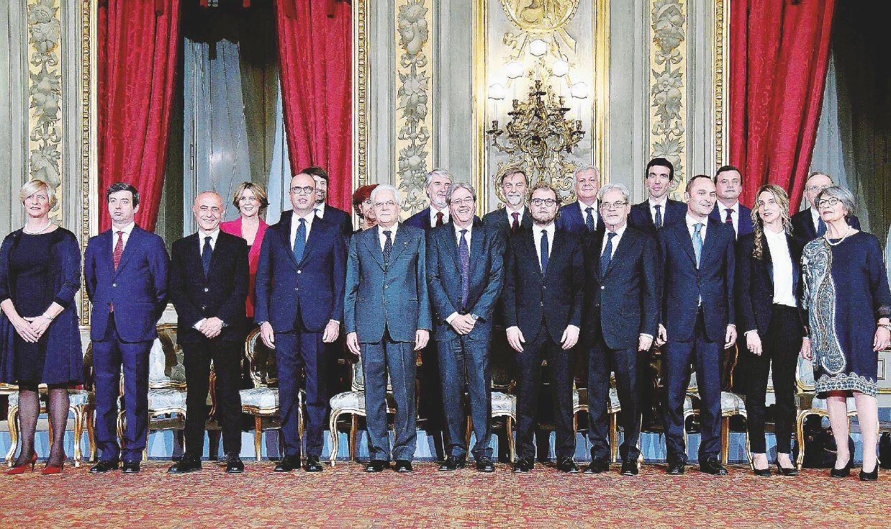 Sul Fatto del 7 febbraio: Gentiloni sta sereno, per i ministri vitalizio garantito