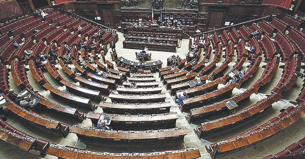 Vitalizi impegni e promesse dei partiti il fatto for Vitalizi dei parlamentari