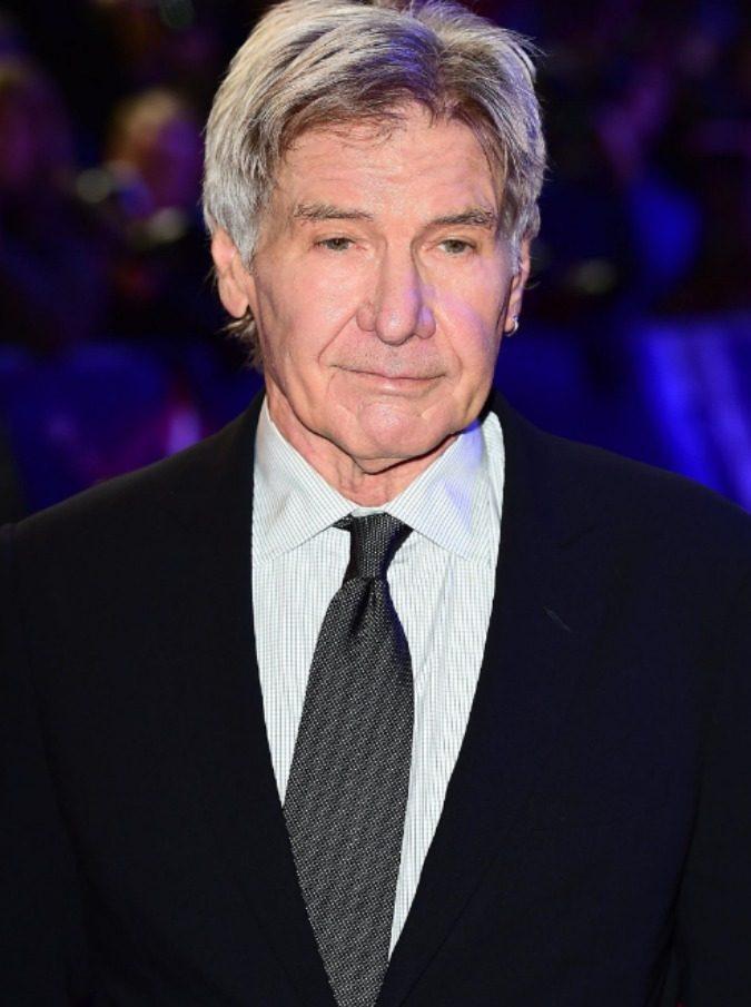 Harrison Ford sbaglia pista di atterraggio, sfiorata la strage