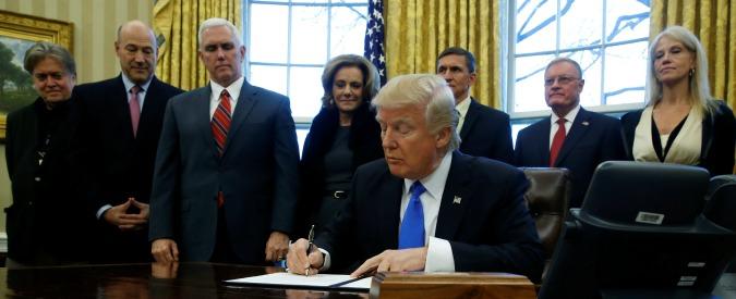 """Usa, consigliera Trump inventa """"strage di Bowling Green"""". E Camera abolisce controlli su armi a persone con disturbi"""