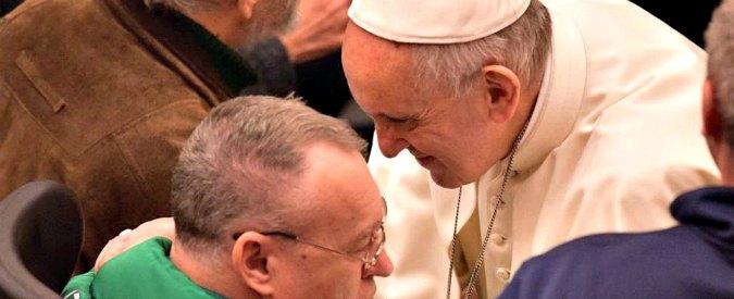 """Chiesa, la denuncia di Papa Francesco: """"In Vaticano c'è corruzione. Nella barca di Pietro alcuni marinai remano contro"""""""