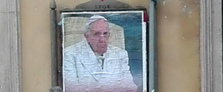 "Roma, manifesti anonimi contestano Papa Francesco: ""N'do sta la tua misericordia?"". Indaga polizia"