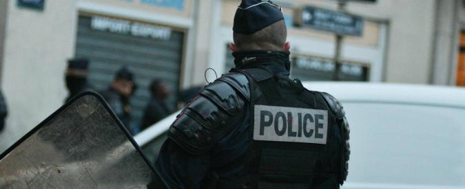 Francia, quattro arresti per terrorismo: progettavano attentato suicida a Parigi