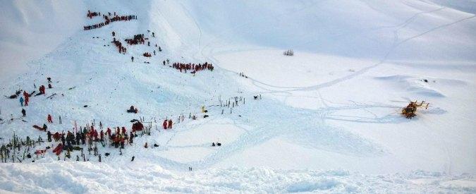 """Monte Chaberton, morti i tre scialpinisti dispersi: """"Travolti da una valanga"""""""