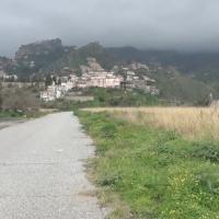 Via Porta Pasquale, la strada che collega la zona dovrebbero sorgere gli eliporti con il centro della città