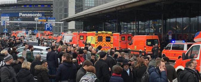"""Germania, aeroporto di Amburgo: """"68 persone intossicate, trovata capsula di spray al peperoncino"""""""
