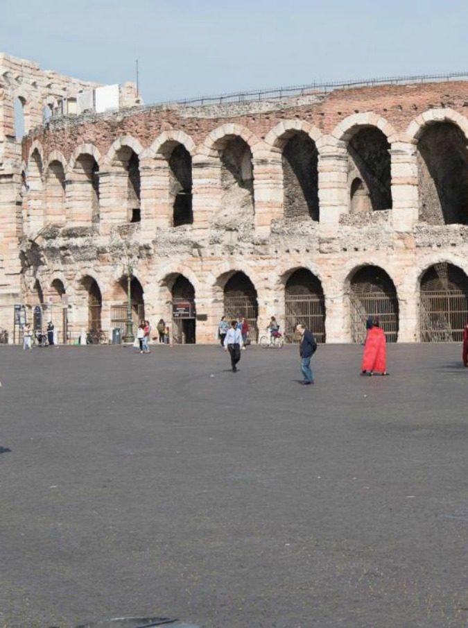 """Arena di Verona, addio al corpo di ballo """"nell'indifferenza delle istituzioni"""""""