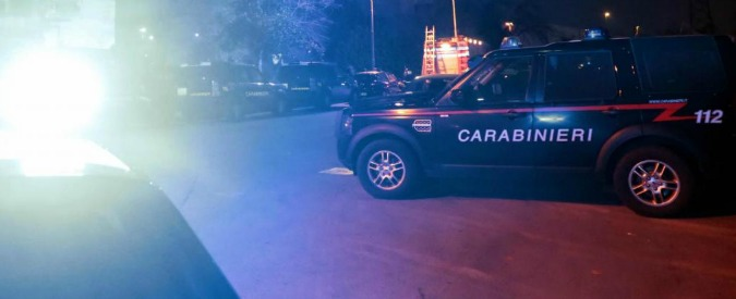 """Napoli, esplode bomba carta nella notte: morto un 32enne, ferita una donna. """"La bomba pesava oltre un chilo"""""""