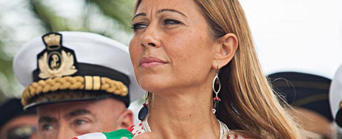 Brindisi, giunta salva grazie al transfuga: il primo eletto Pd cambia casacca e passa con la sindaca Carluccio