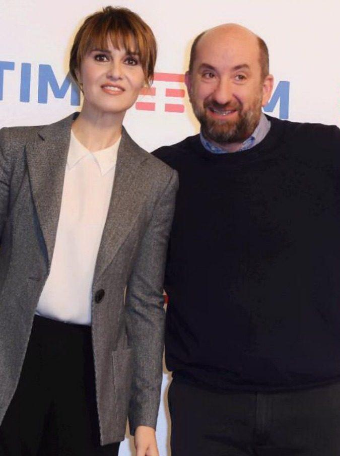 """Sanremo 2017, Antonio Albanese e Paola Cortellesi: """"È inutile essere falsamente modesti: puntiamo al premio della critica o al ripescaggio"""""""