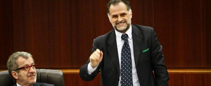 Regione Lombardia, Maroni ritira gli avvocati da processi per corruzione contro i suoi ex assessori
