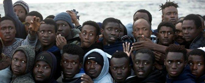 Migranti: cari 'cinici', i numeri ci dicono che non è un'invasione. Anzi