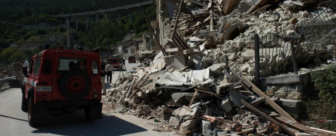 Terremoto Centro Italia, non voleva lasciare paese: arrestato e poi rilasciato ultimo abitante di Pescara del Tronto