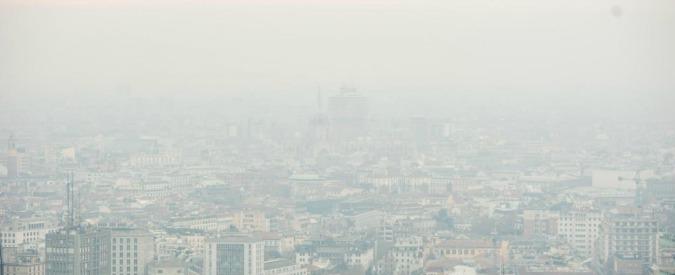 Smog, Italia avvolta dalle polveri sottili: 2017 inizia con livelli record. Pm10 oltre tre volte i limiti di legge
