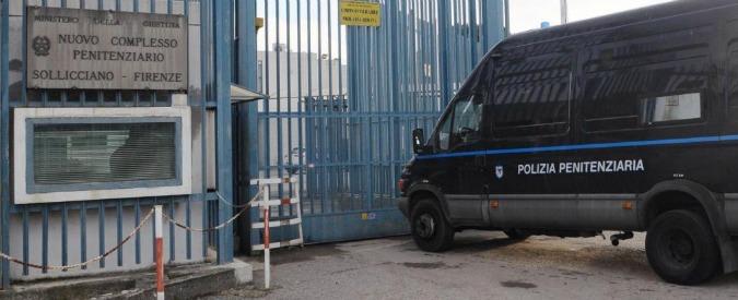 """Firenze, tre detenuti evasi dal carcere di Sollicciano: scappati da """"muro di cinta non sorvegliato perché inagibile"""""""