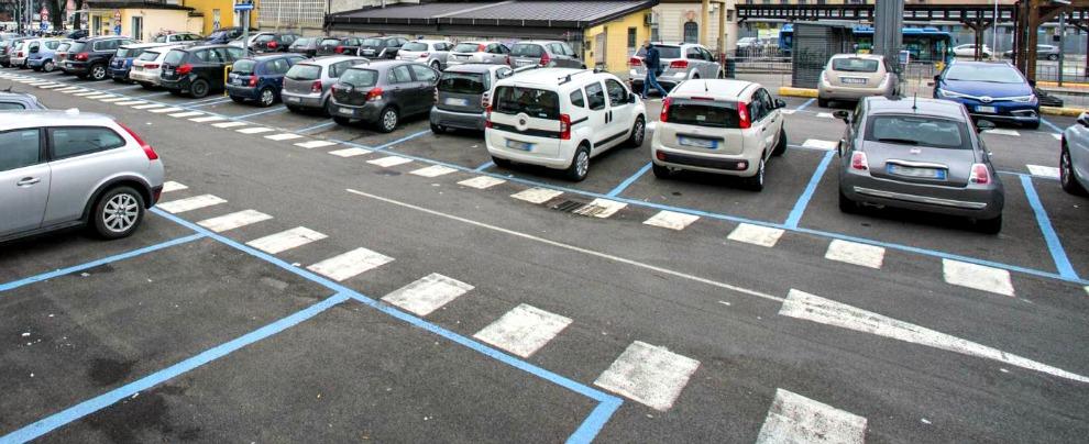 Multe, quelle sulle strisce blu sono nulle se i parcheggi a pagamento sono troppi