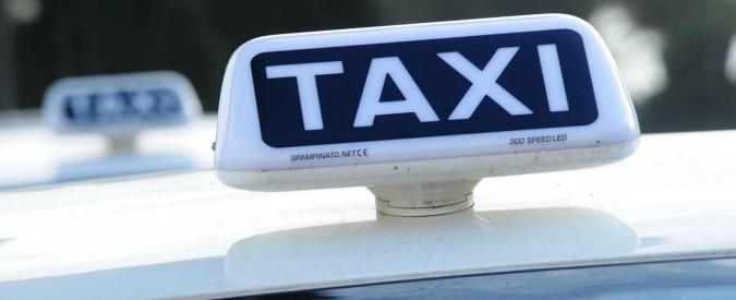 Roma, travolta dal taxi sulle strisce: muore 16enne. La procura apre un fascicolo
