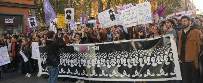 8 marzo 2017, sciopero globale: 'Le donne non lavorino né a casa né fuori'