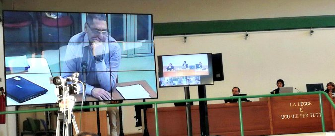 """Mafia capitale, Buzzi al processo: """"Mai denunciare i politici o smetti di lavorare"""""""