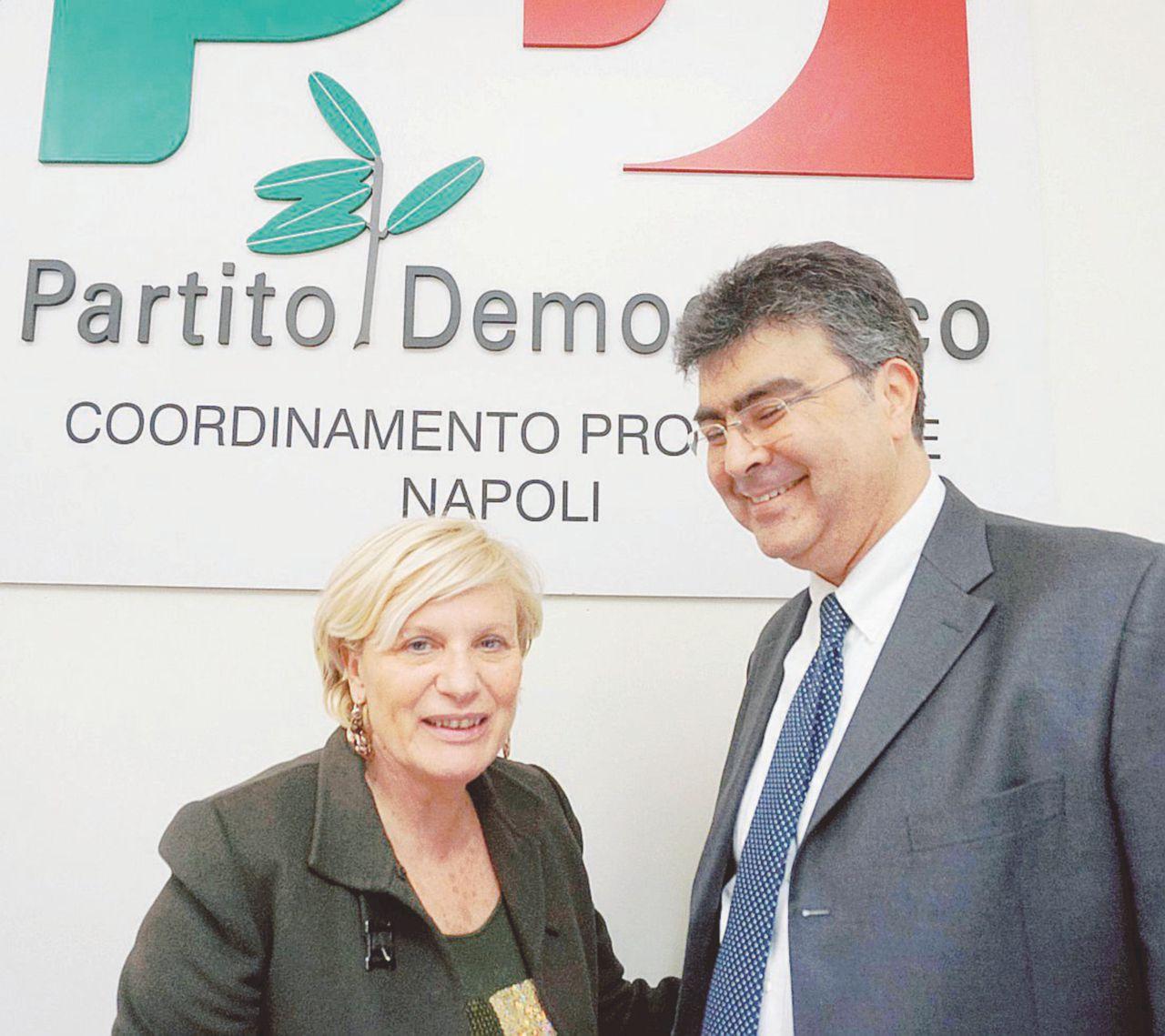 Pd Napoli, guerra degli iscritti: camorra e tessere comprate