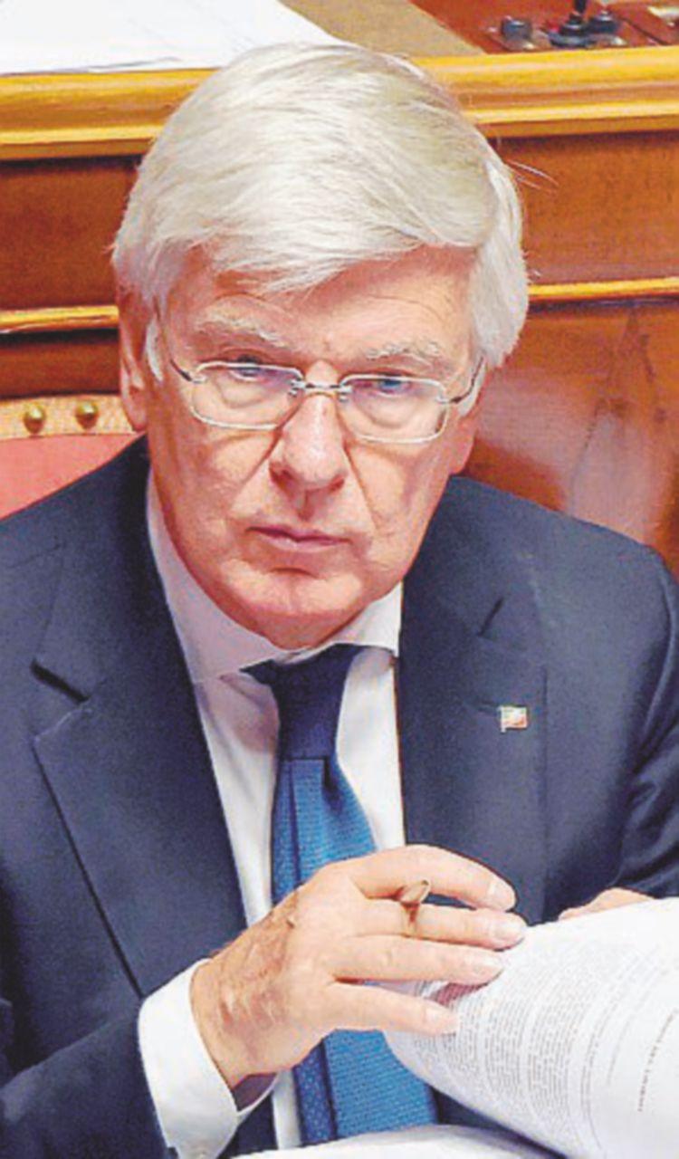 La voglia matta di elezioni: così Forza Italia scopre la passione per i magistrati
