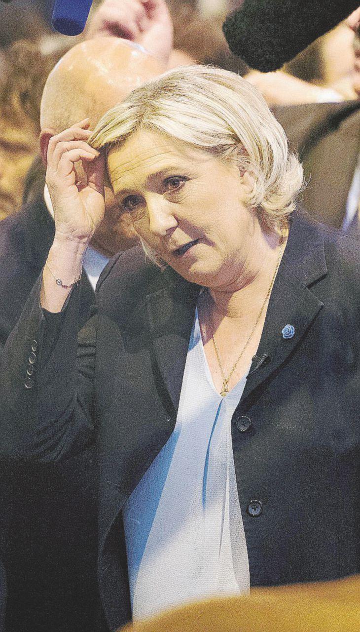 """Anche la Le Pen indagata: """"Ma io ho l'immunità"""""""
