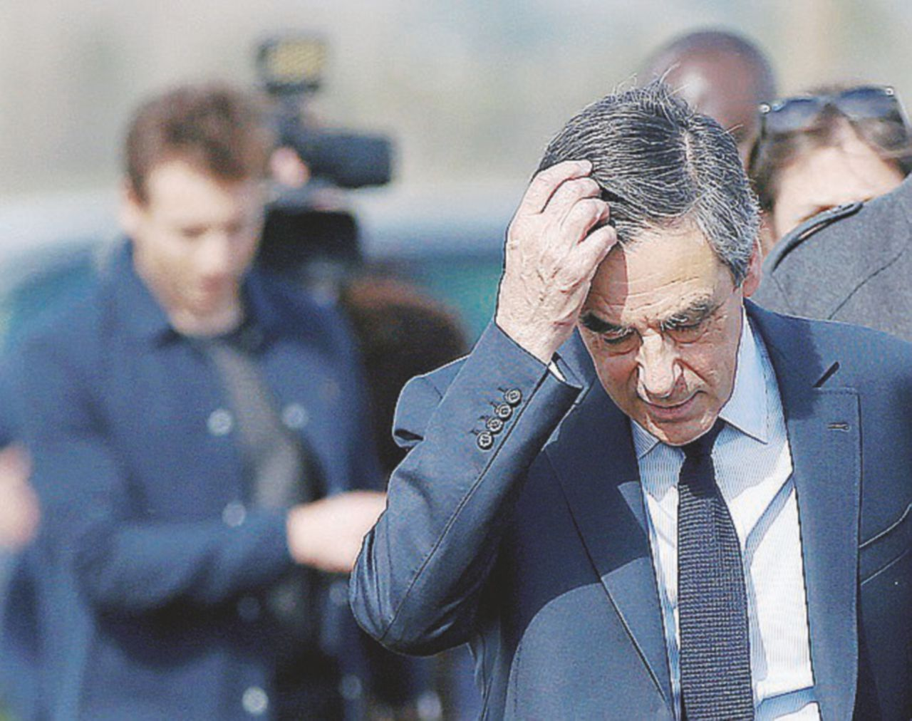 Fillon fa la conta dei superstiti
