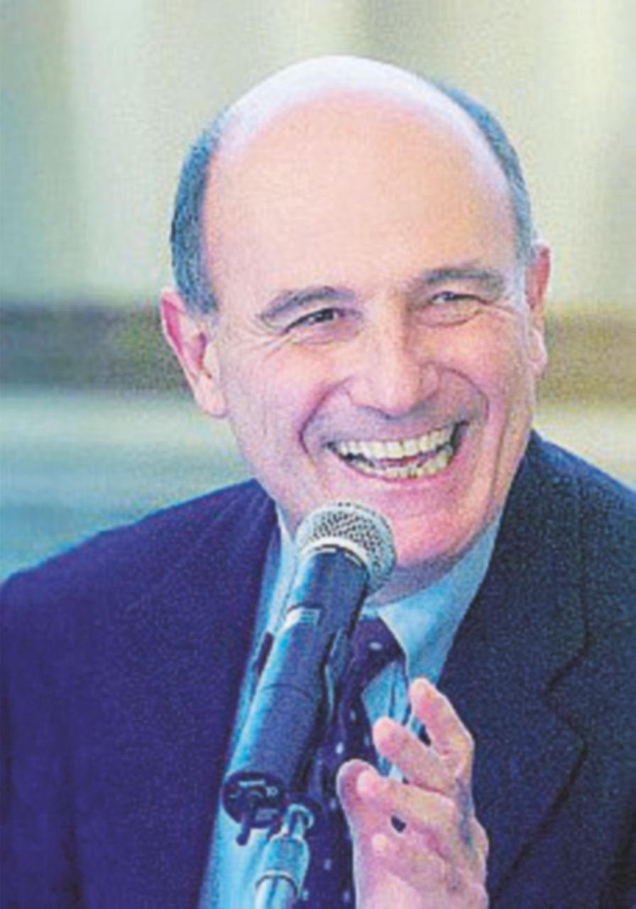 Parma, alle primarie di centrosinistra vince il candidato civico