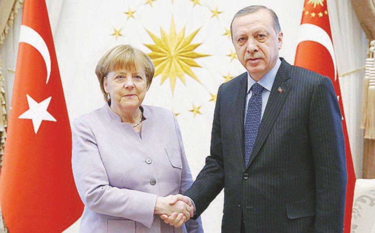 C'eravamo tanto amati: la fine dell'idillio Erdogan-Fräu Merkel