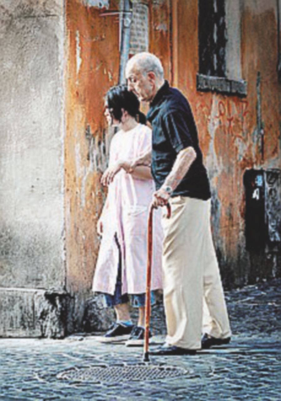 L'Italia invecchia, nascite al minimo storico: -86 mila