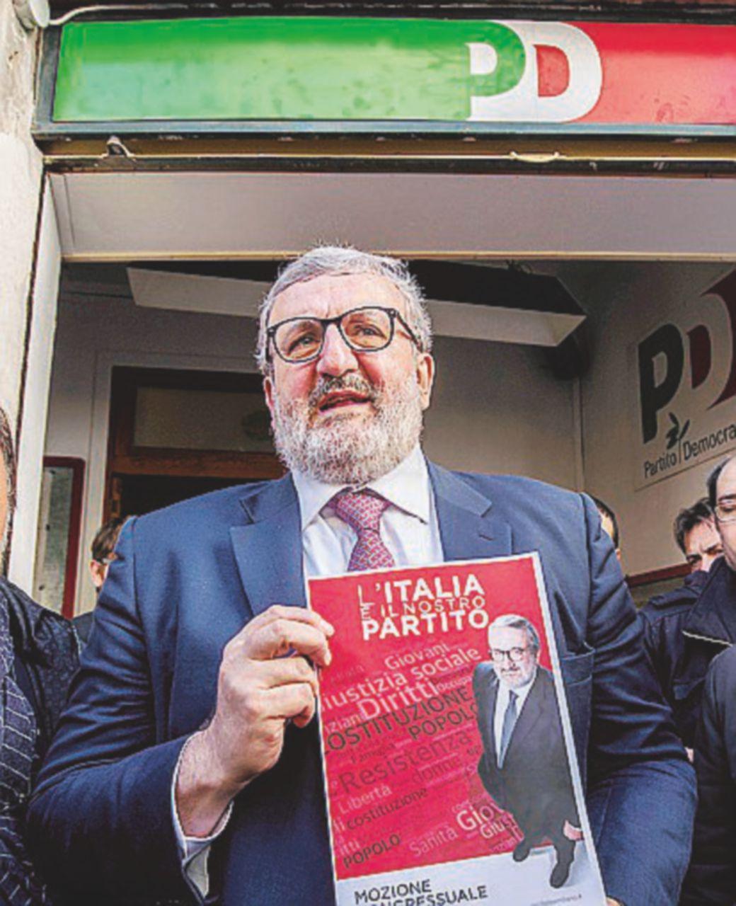 """Emiliano fa """"Resistenza"""". Di Pietro si arruola"""