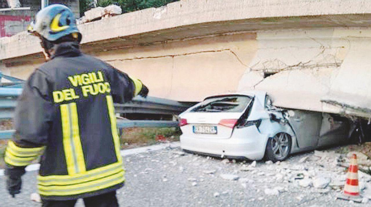 I viadotti sgretolati o sbarrati sulle strade senza manutenzione