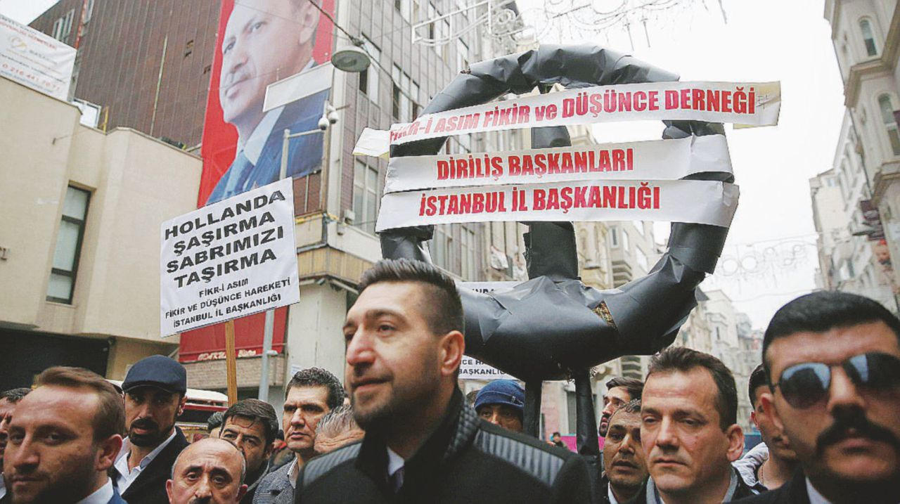 """Erdogan evoca il nazismo e si becca Rutte: """"È folle"""""""