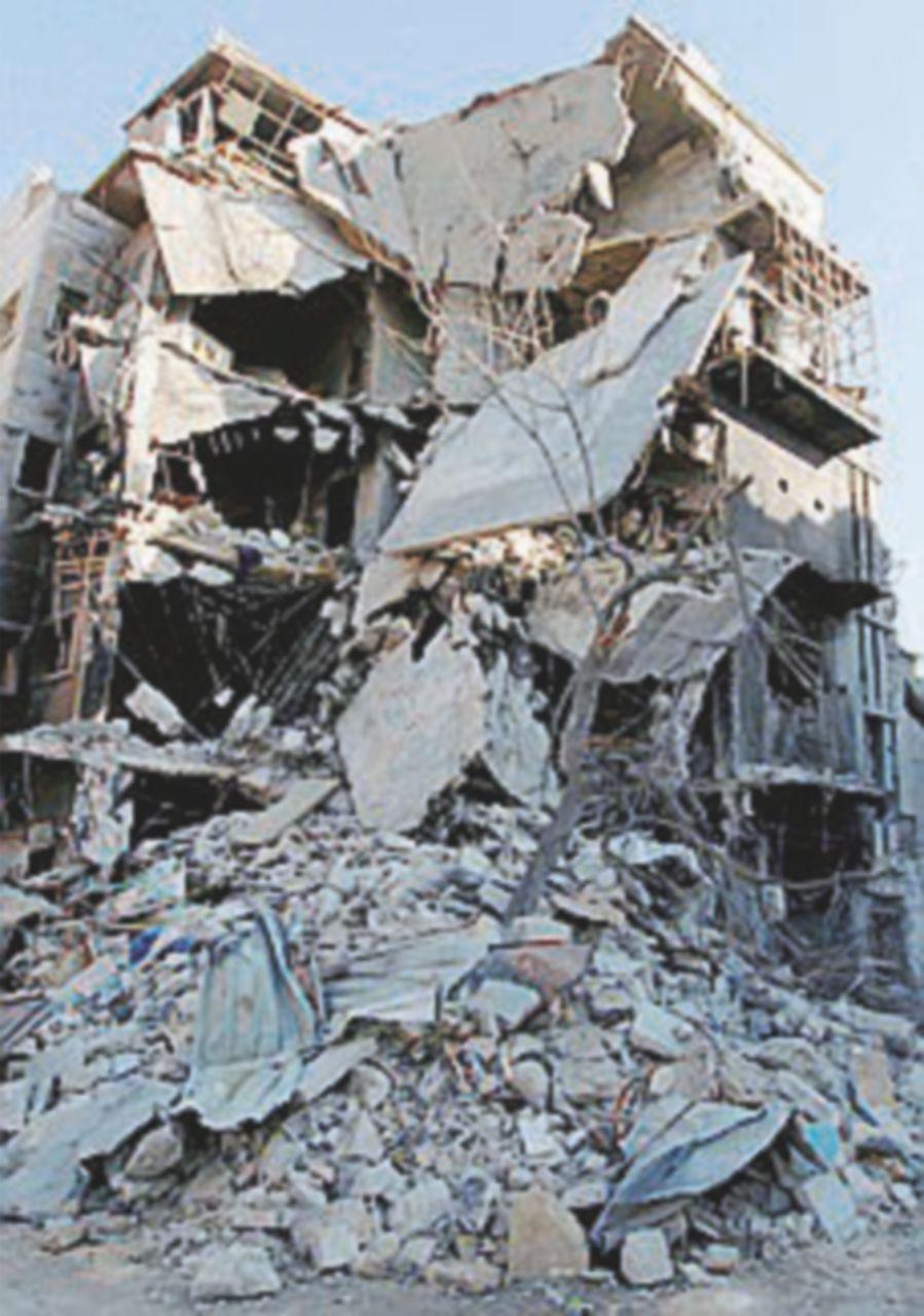 """""""Tentato golpe a Raqqa"""" e altri bombardamenti"""