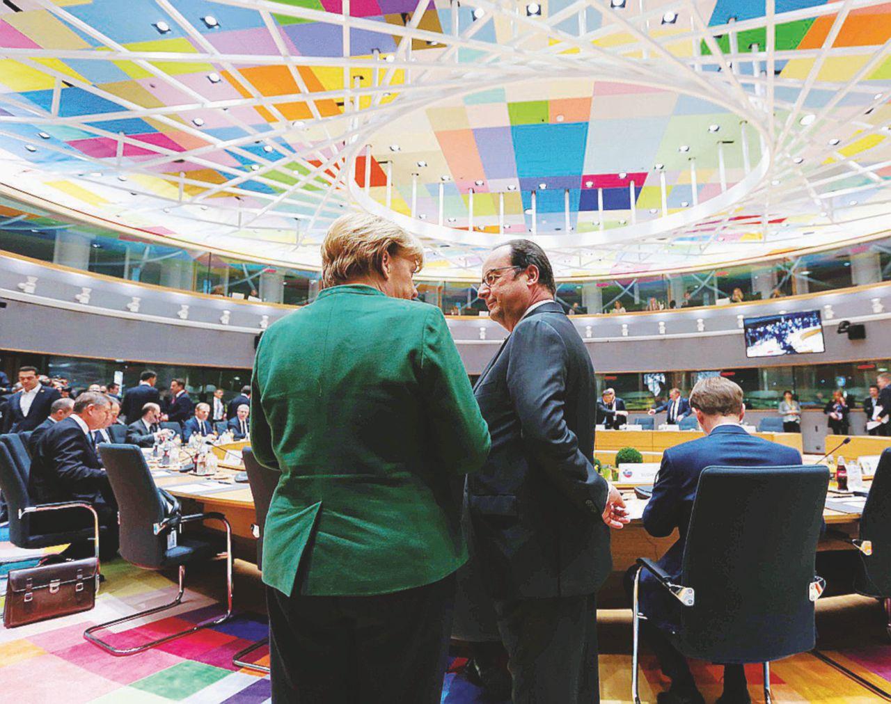 E intanto Bruxelles commissaria il governo