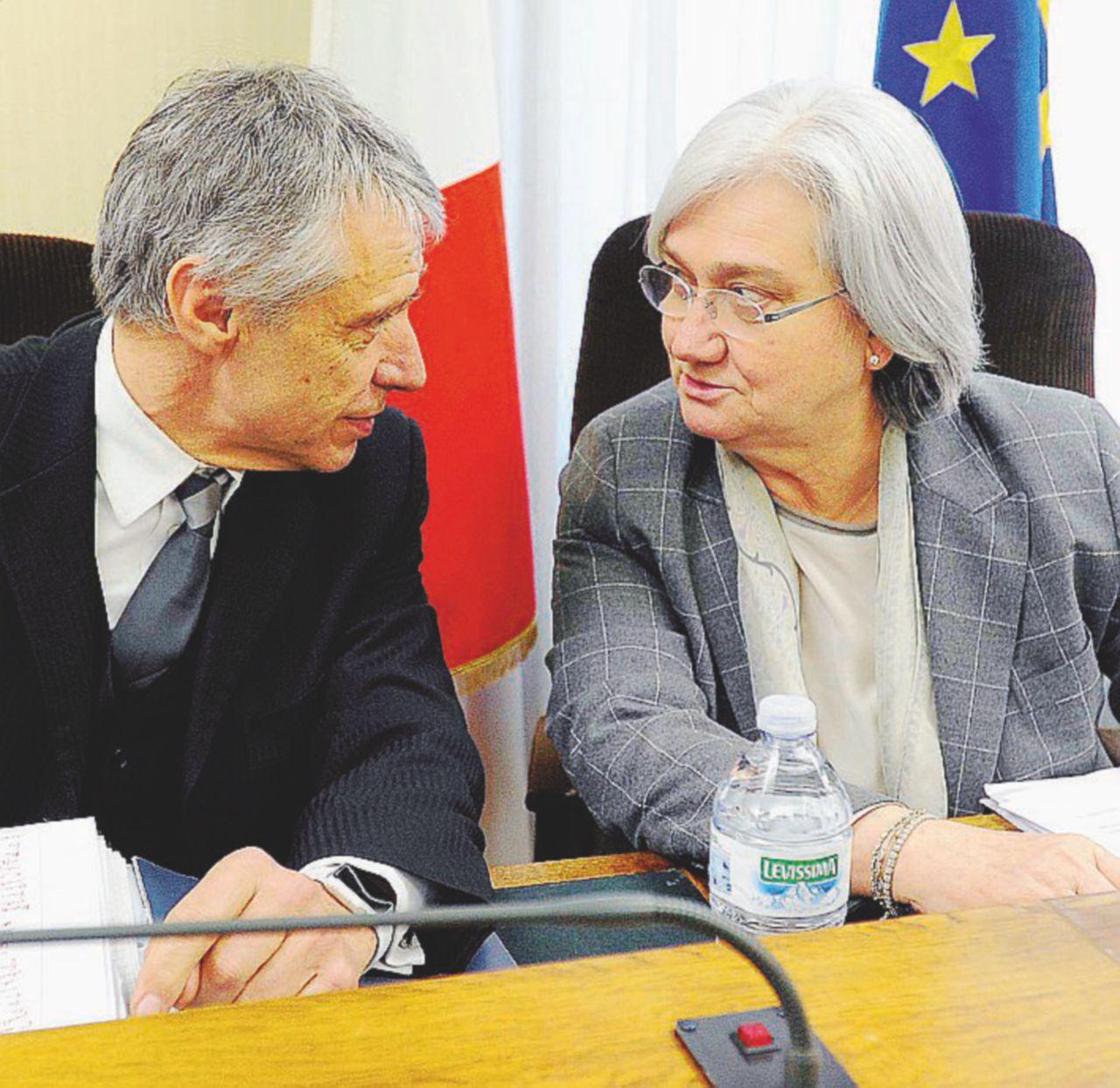 "Antimafia, Bindi fa la Juve a strisce: ""'ndrine in curva"""