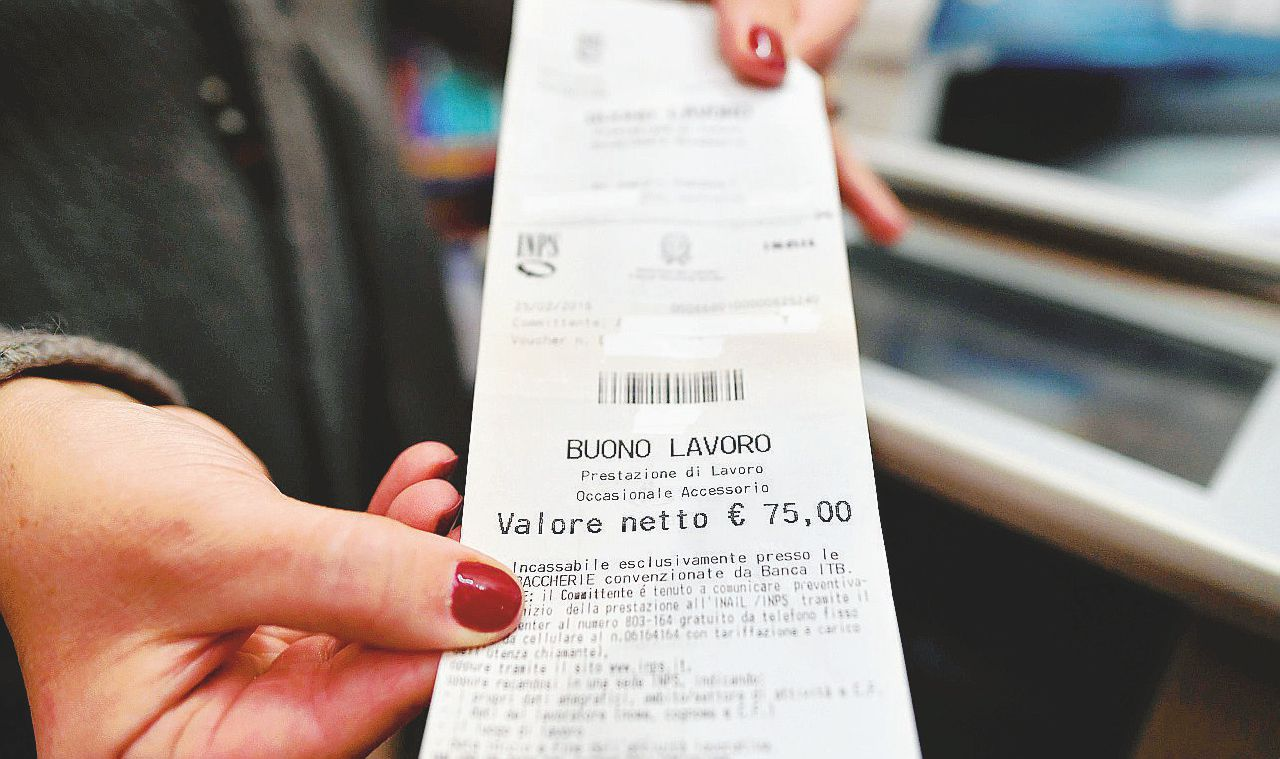 "Il referendum non s'ha da fare: ""Via i voucher"""