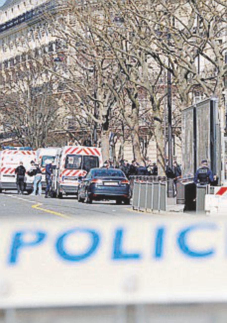"""Pacco-bomba alla sede del Fmi: """"Anarchici greci"""""""