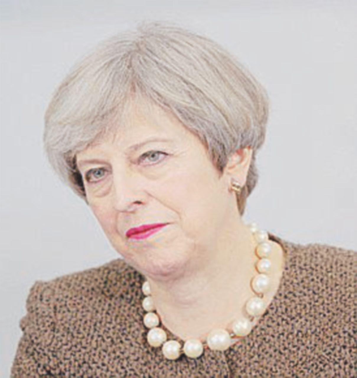 """Brexit, la perfida Albione annuncia l'ora X. Merkel: """"Ormai non fa nessuna differenza"""""""