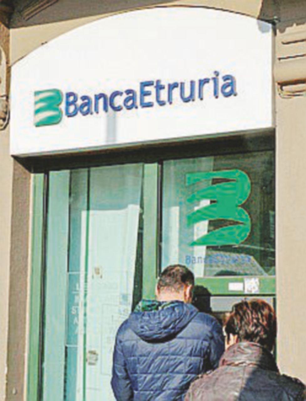 Etruria, inchiesta sulla bancarotta, chiesto il processo per 21 manager